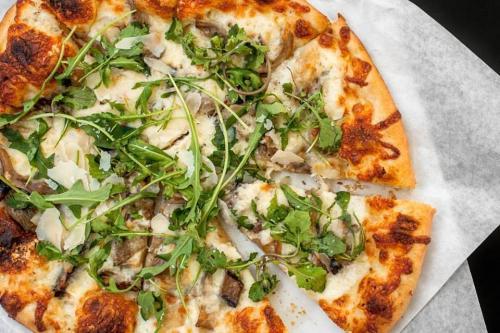 Uptown Pizza Kitchen - Restaurant - Sacramento, CA 95815